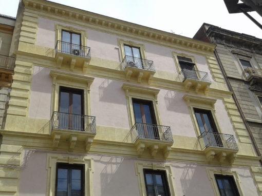 Restauro facciata e miglioramento sismico di un edificio nel centro storico di Catania